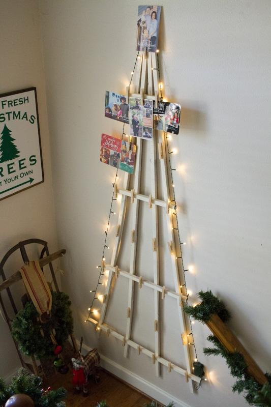 Make Your Own Christmas Card Display