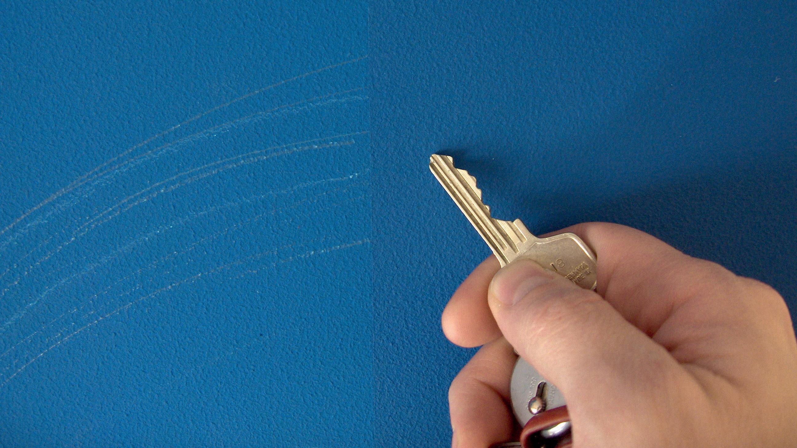 Come proteggere le pareti dai graffi