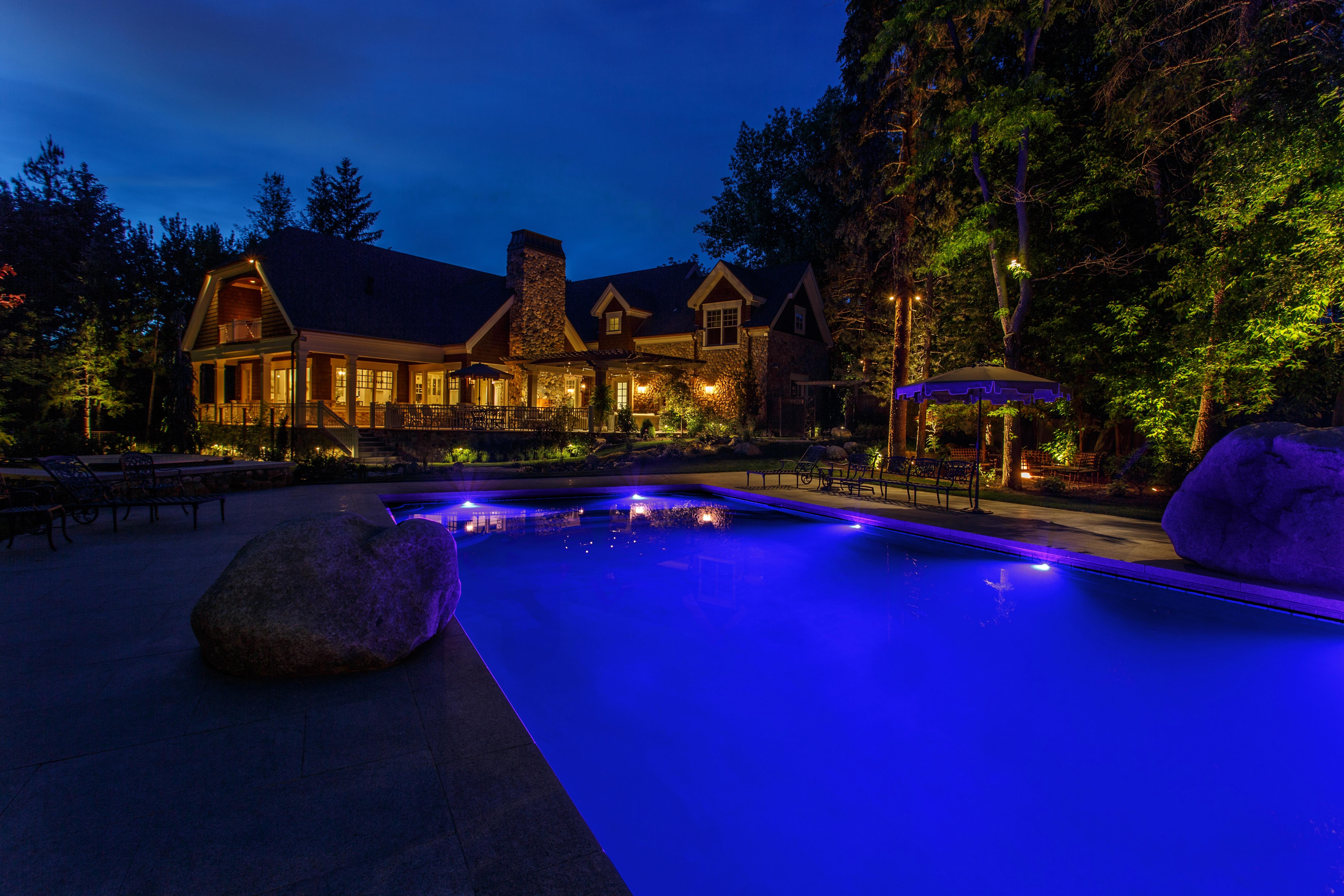 Outdoor Living Es After Dark