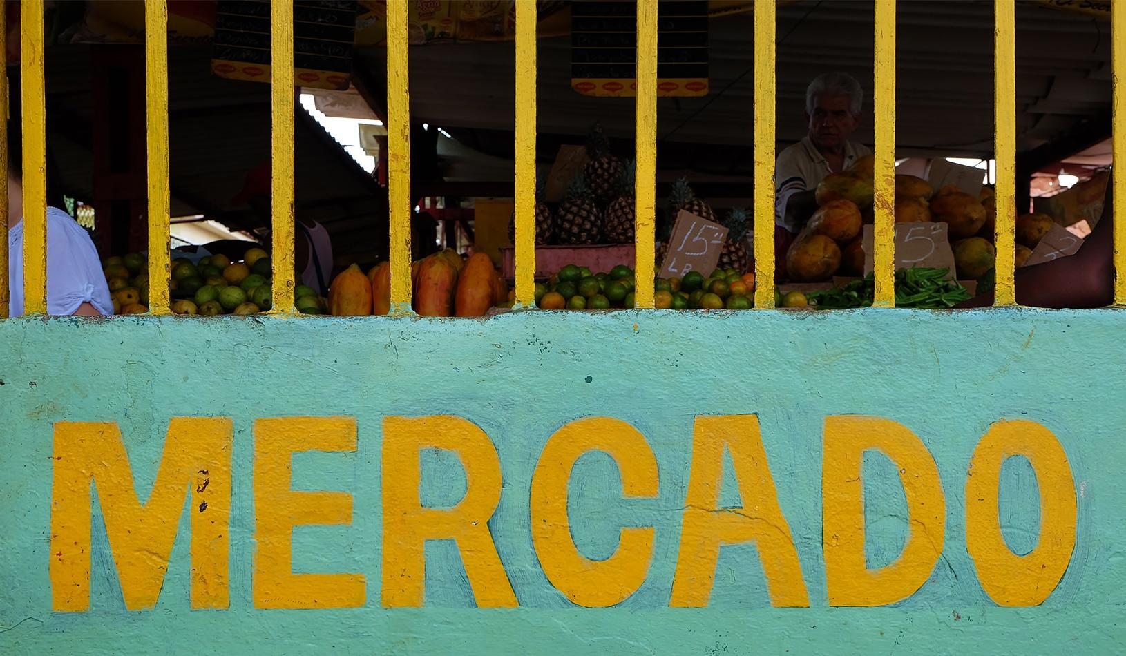 Agro-Market-in-Cuba