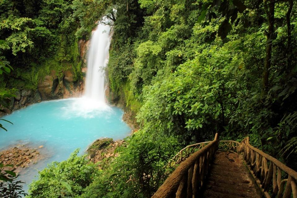 Blue River & Tenorio Volcano Hike 2