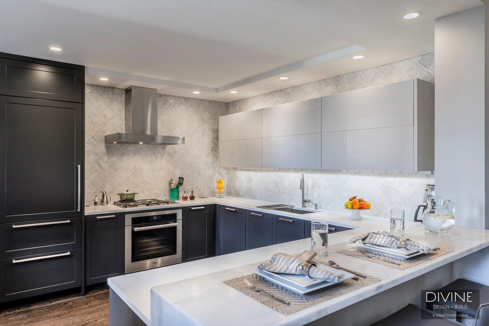 Boston-beacon-hill-contemporary-kitchen-leicht (6)