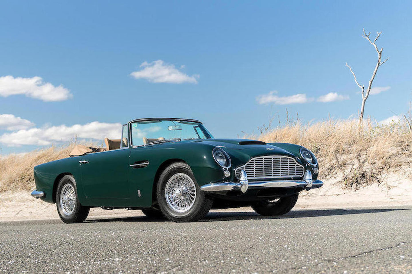 Top 3 Car Selling Sites To Sell Your Classic Car To International Buyers