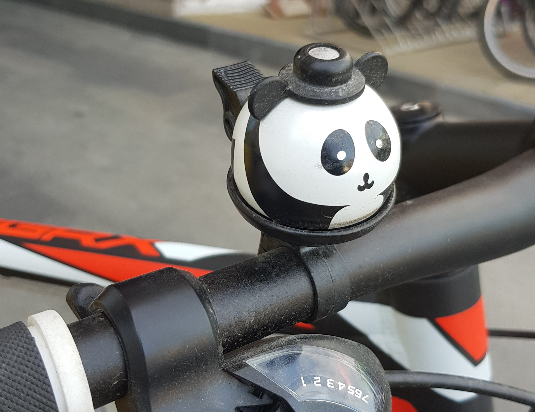 A bike bell can make you happy - CLARA blog