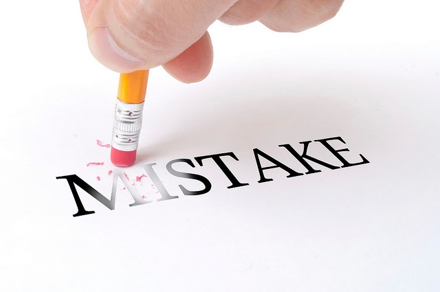 Can anyone give me a list of common essay mistakes?