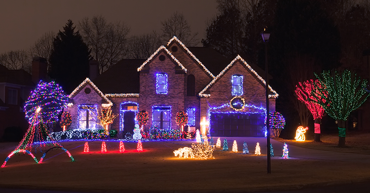 Expert Tips for Hanging Christmas Lights—Part 2: Design:tips-for-hanging-christmas-lights-2.png,Lighting