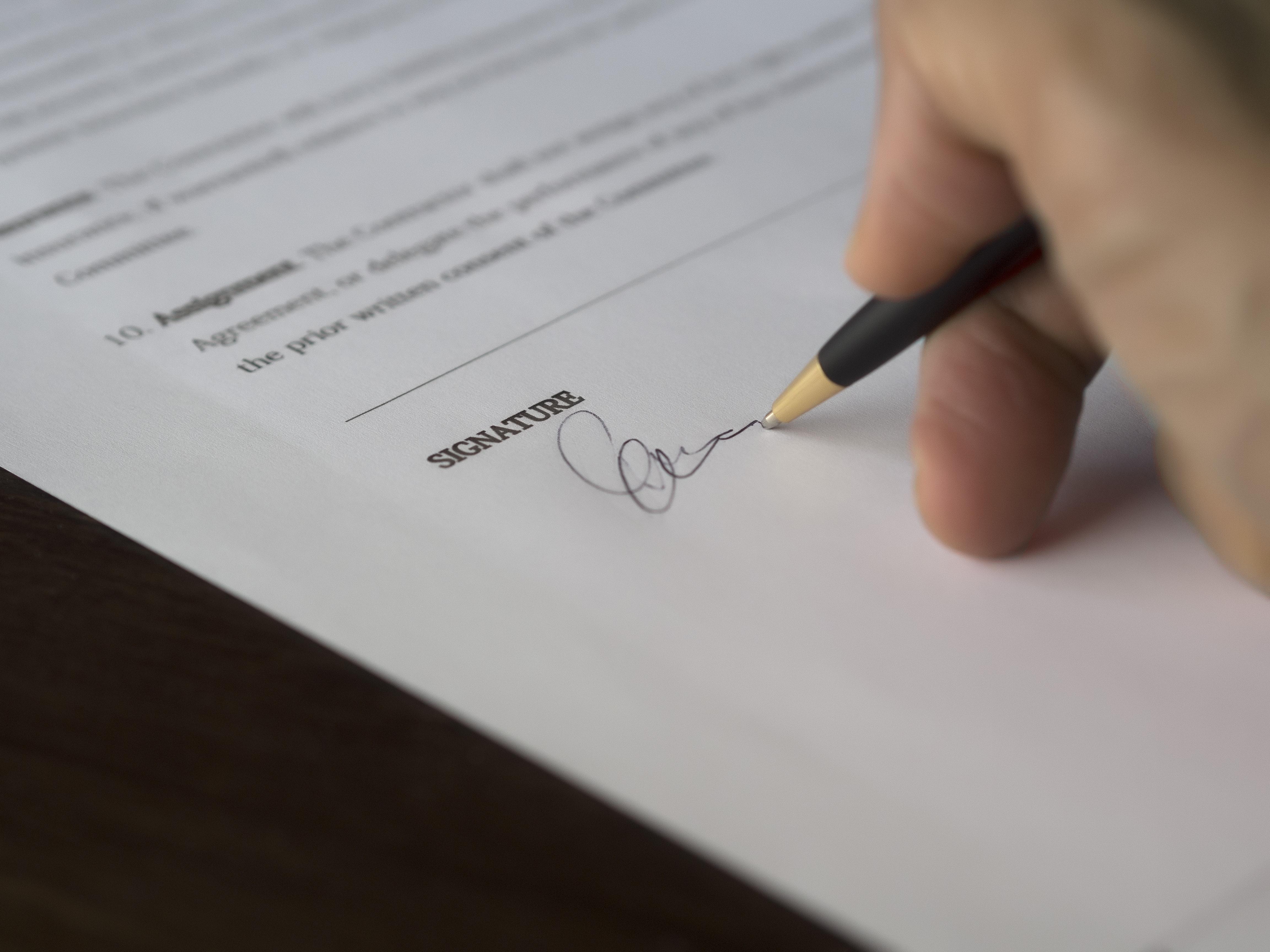 agreement-blur-business-close-up-261621-1