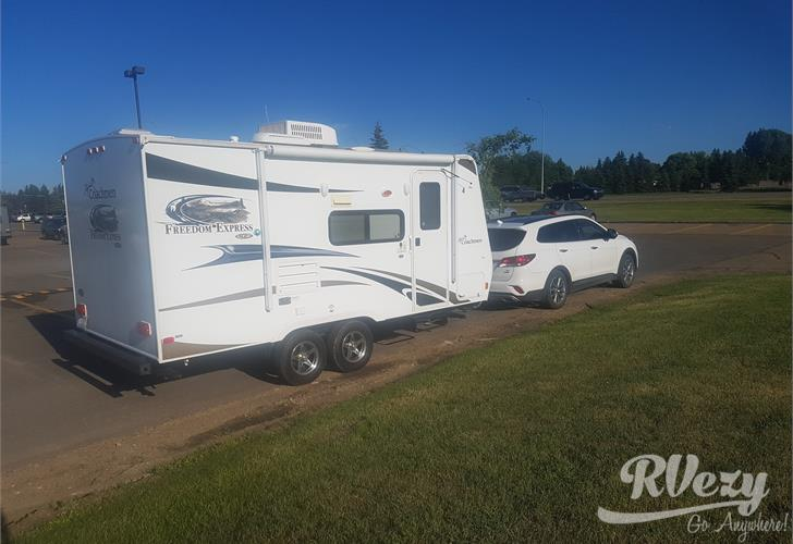 Freedom Express Travel Trailer For Rent