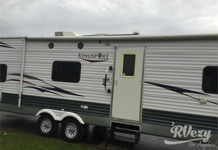 Gulf Stream Kingsport travel trailer for rent