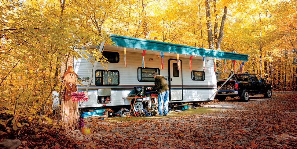 Camping-in-fall-at-High-Cliff-State-Park-1