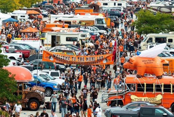 Cleveland-Browns-tailgate-600x450