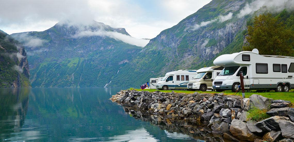 RV-Camping-by-Mountain-Lake-OU2-1