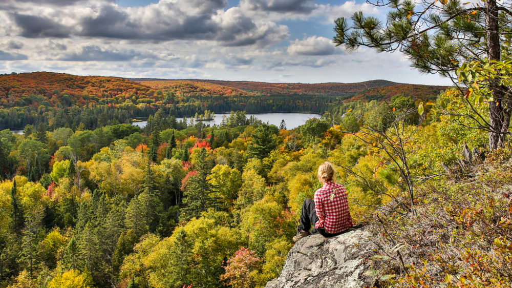 algonquin-park-things-to-do-hiking-1000x562