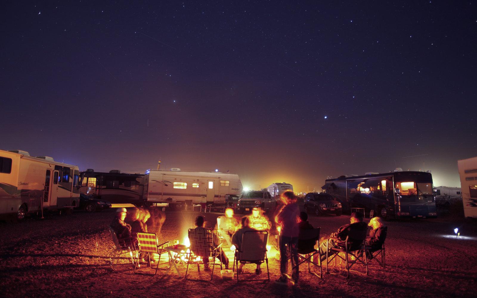 campfire-chairs-cc0616