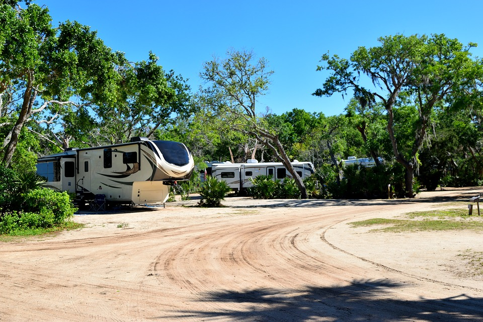 campground-3336155_960_720