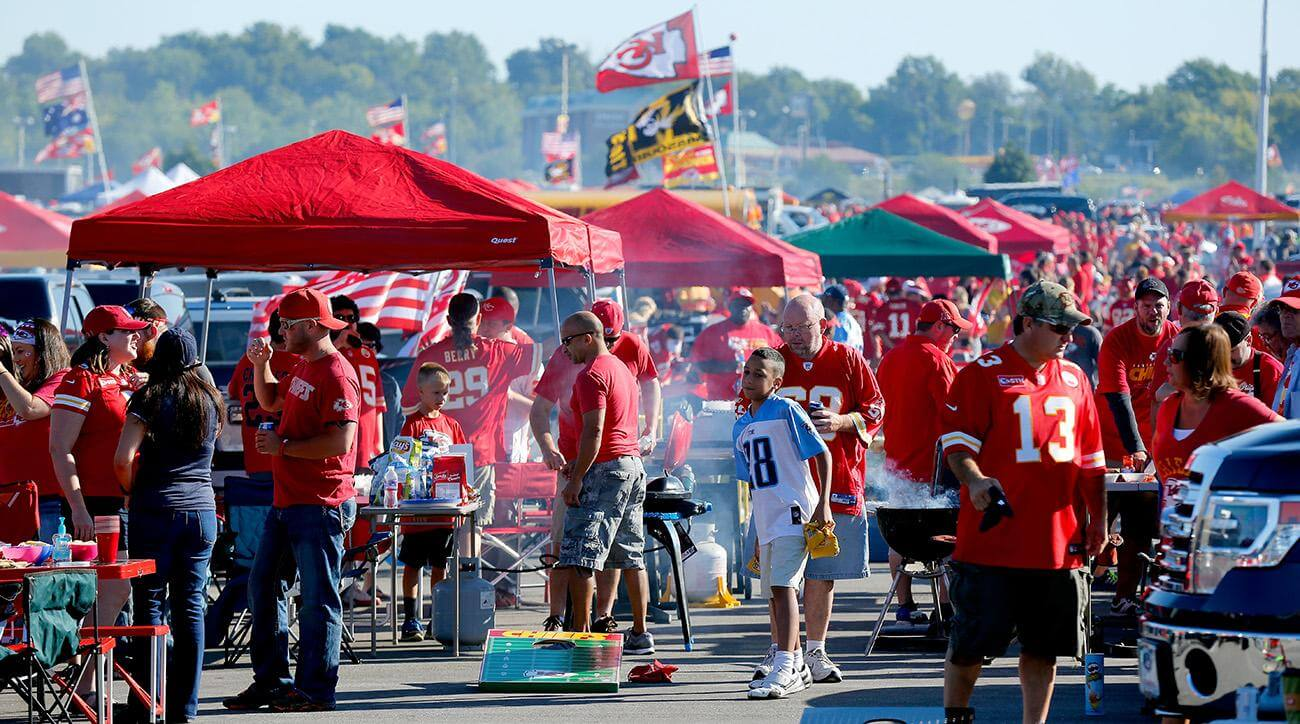 chiefs-tailgating-rules-policy-change-tickets-fans-2