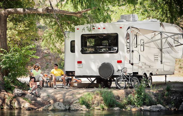 lake-camping (1)