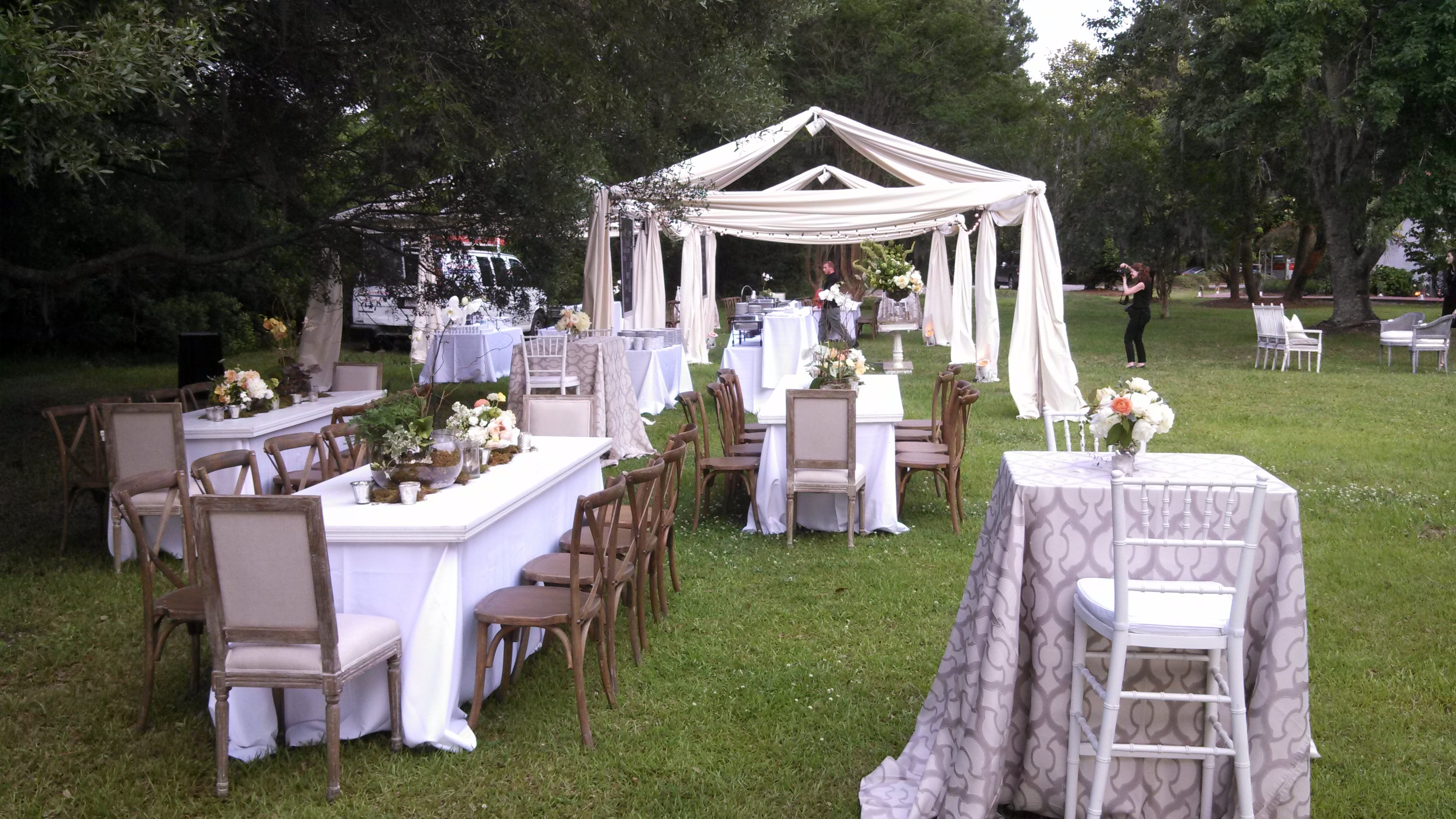 Tent Rentals And Wedding Around Chicagoland