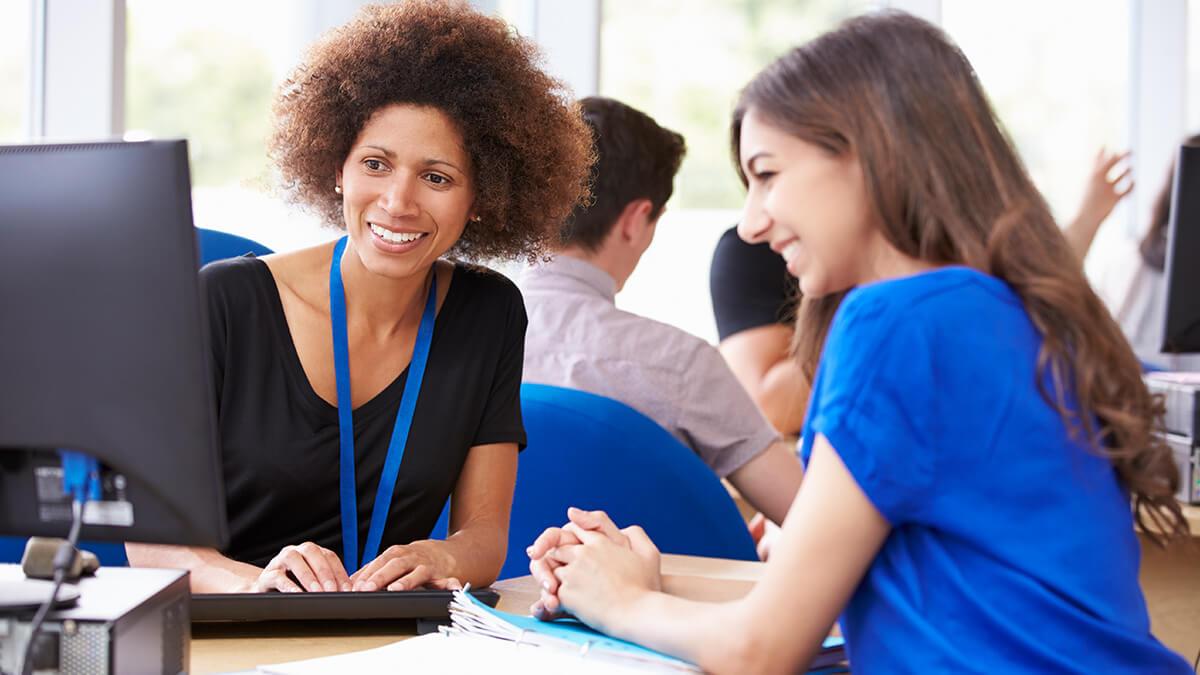 millennial-nurses-vs-seasoned-nurses-nurses-support-their-young