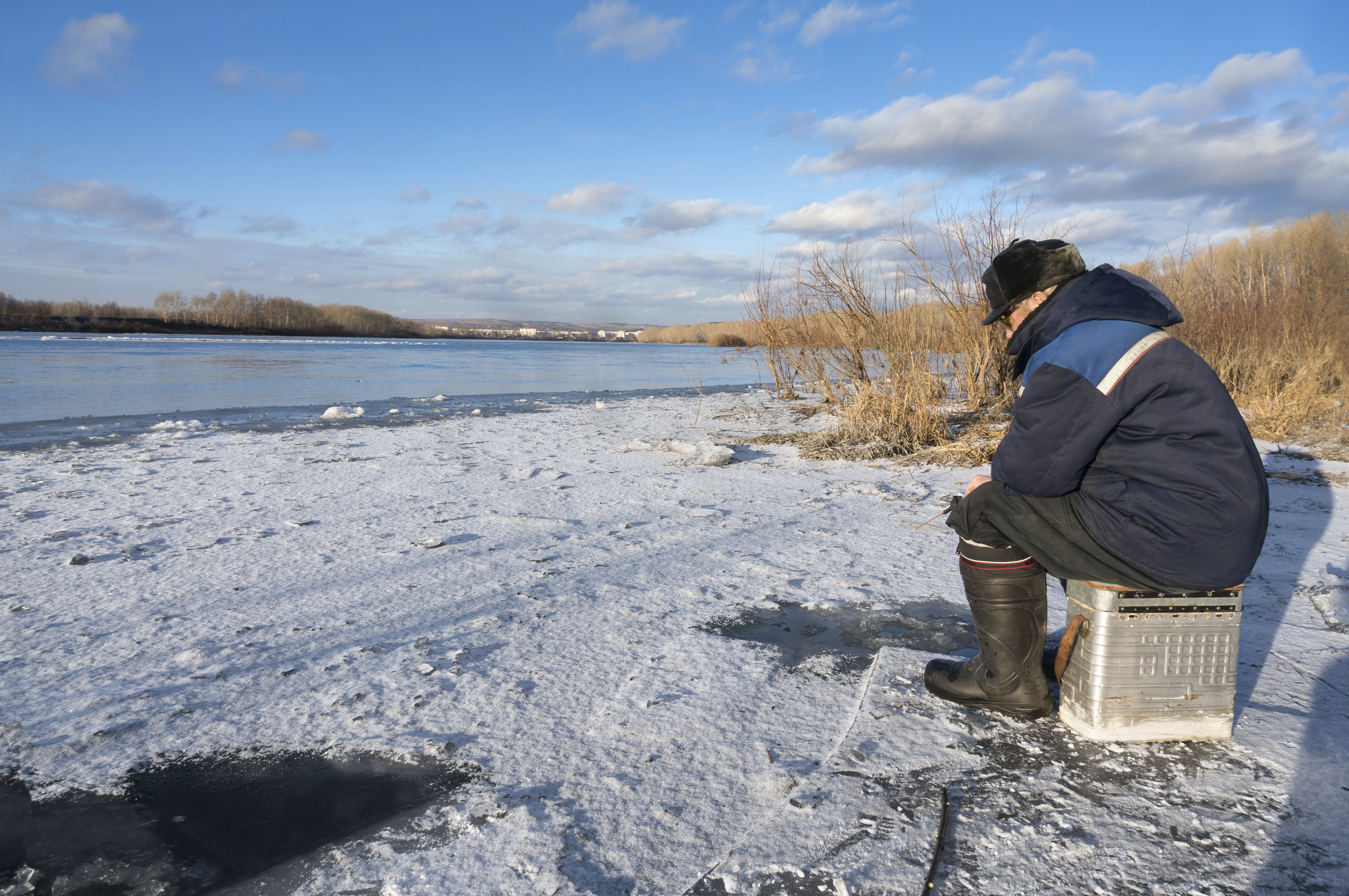 Where to go winter fishing on long island for Fishing on long island