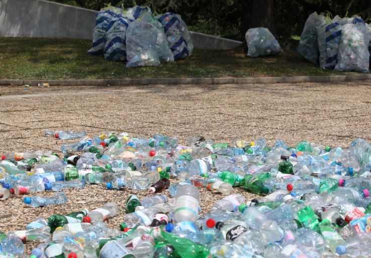 Improve Your Plastic Waste Management With These 7 Top Tips