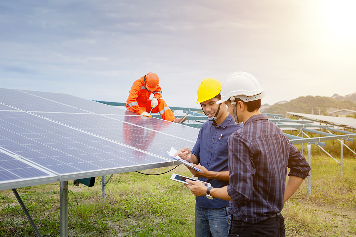 Key Solar Industry Trends From The 2018 Solar Jobs Census