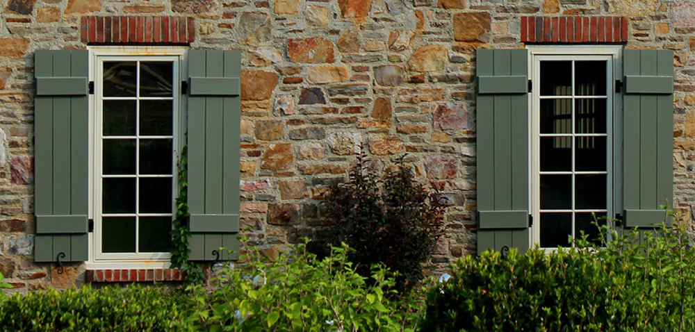 Superbe Green Board And Batten Exterior Shutters On Tan Brick Home