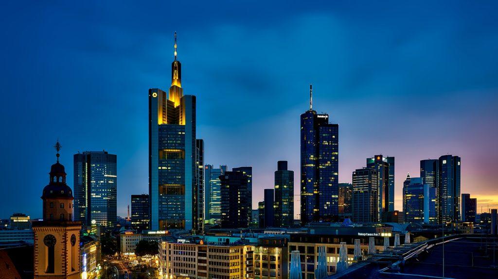 frankfurt-1804481_1920-1024x575