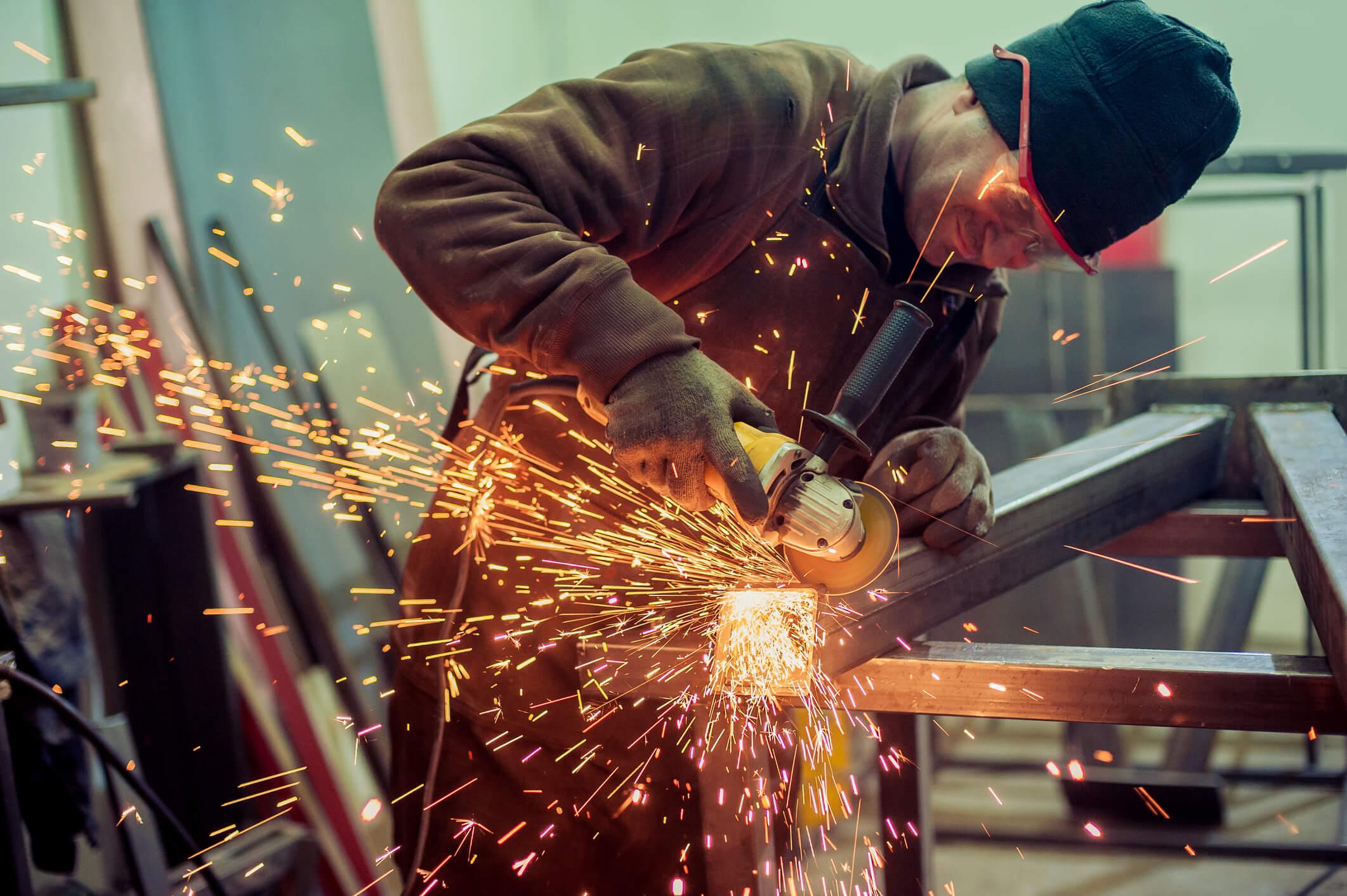 Choosing a Metal Fabrication Shop: 4 Things to Consider