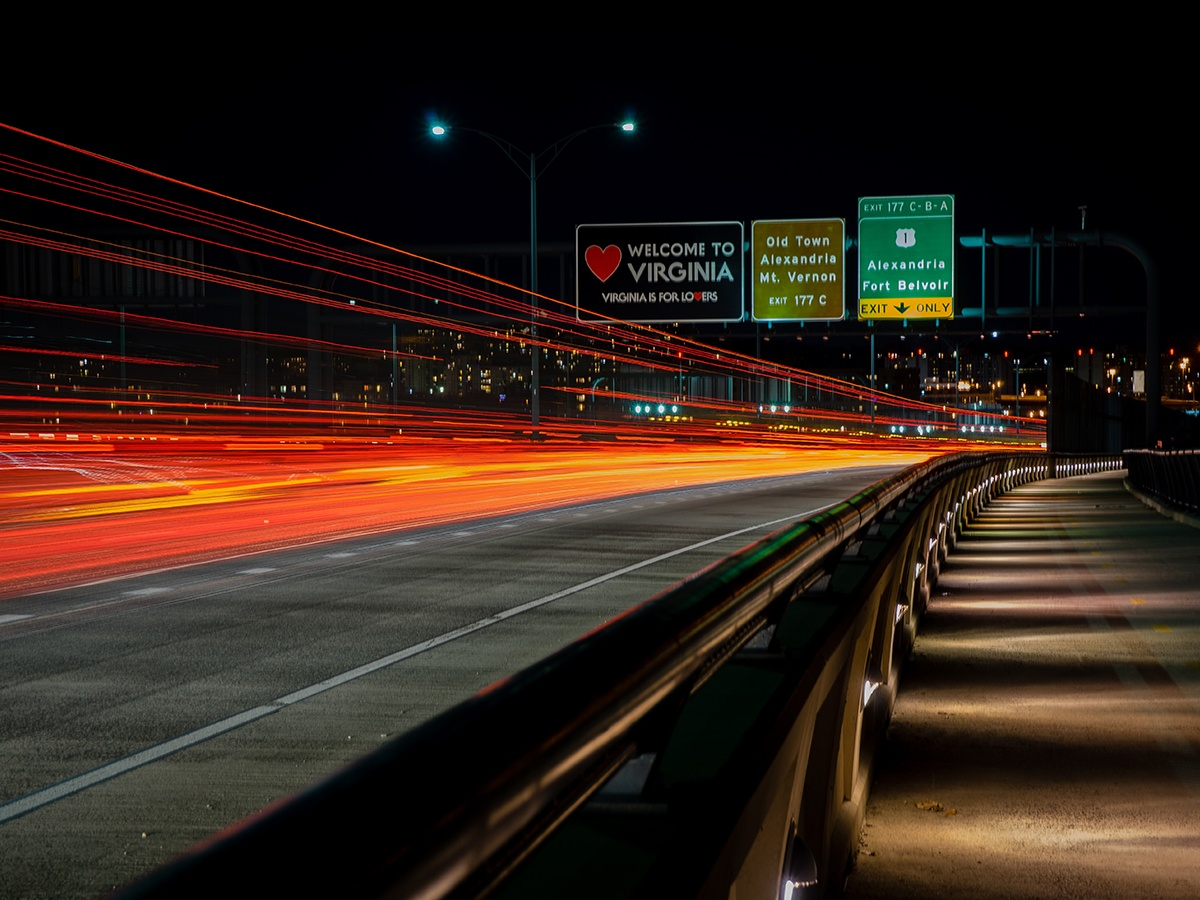amazon-jeff-bezos-crystal-city-long-island-city-HQ2-new-headquarters-impact-transit-updates-metro-subway-new-york-virginia