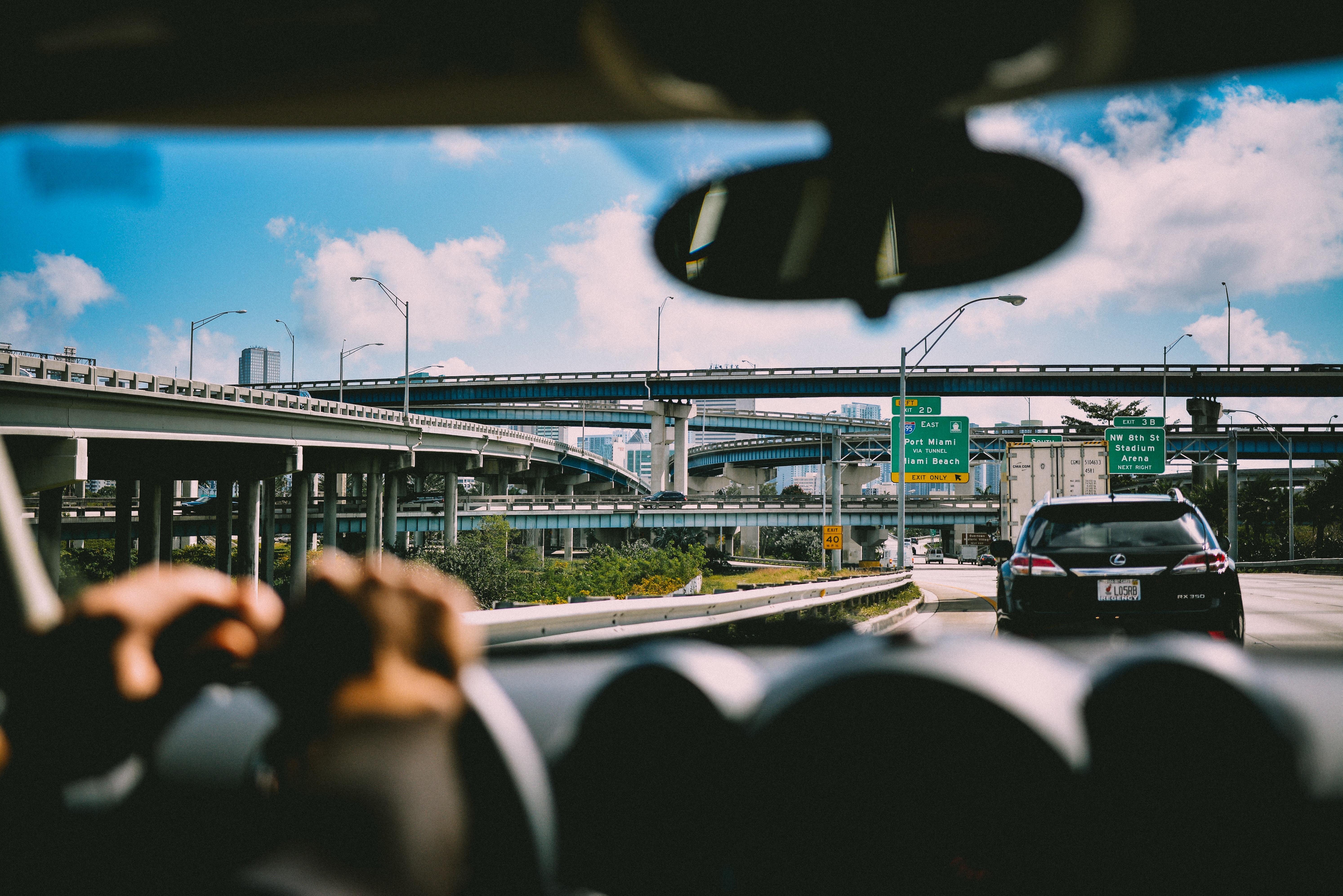 commute-gas-emissions-toll-pricing-carpooling-slug-lines