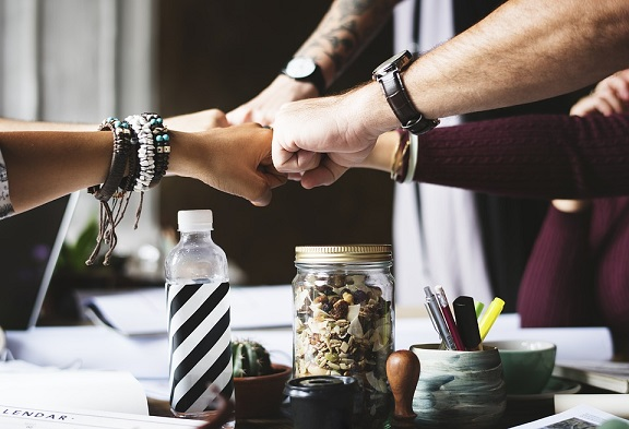 Benefits Of Allowing Different Team Members The Chance To Lead