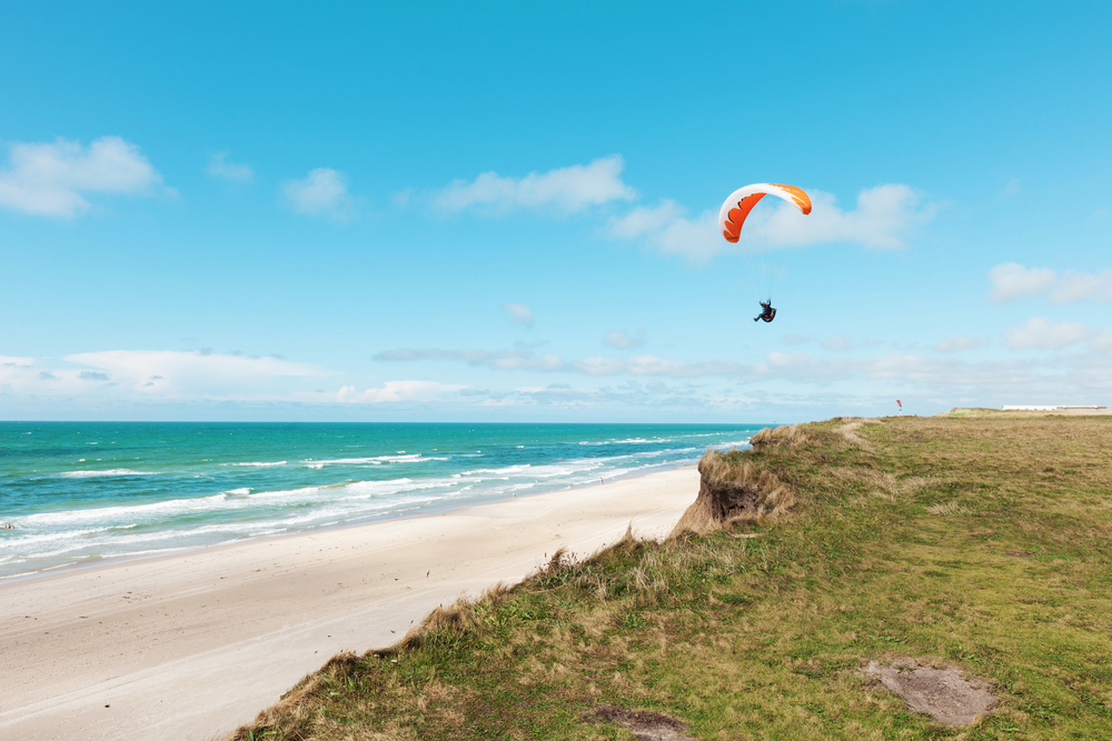 parachuter on the picturesque coast of Ecuador