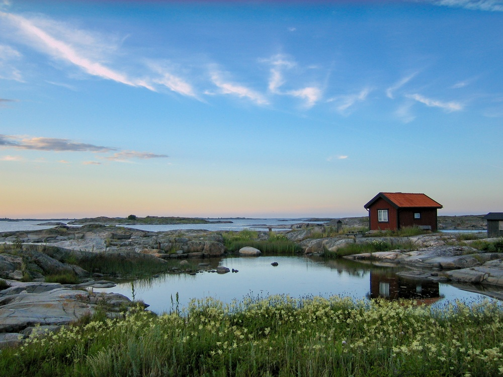 remote isolated house in Stockholm's Archipelago in Sweden
