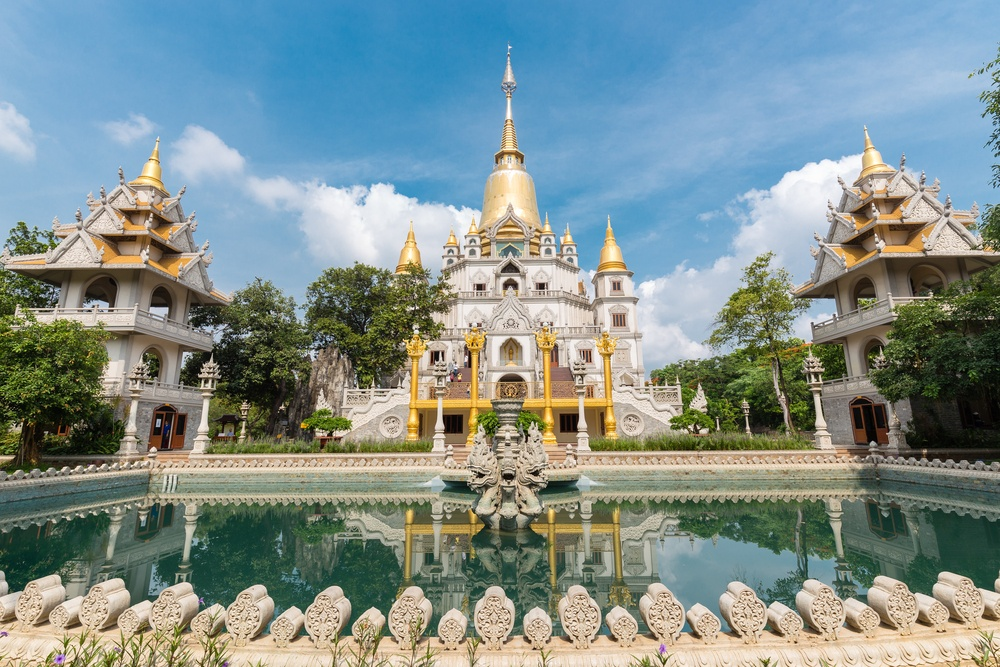 impressive temple in ho chi minh with gold
