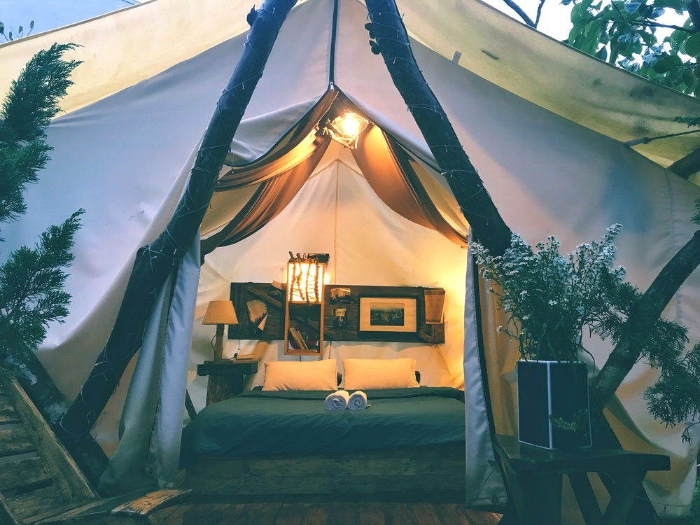 glamping tent in Claquot Canada with comfortable interior