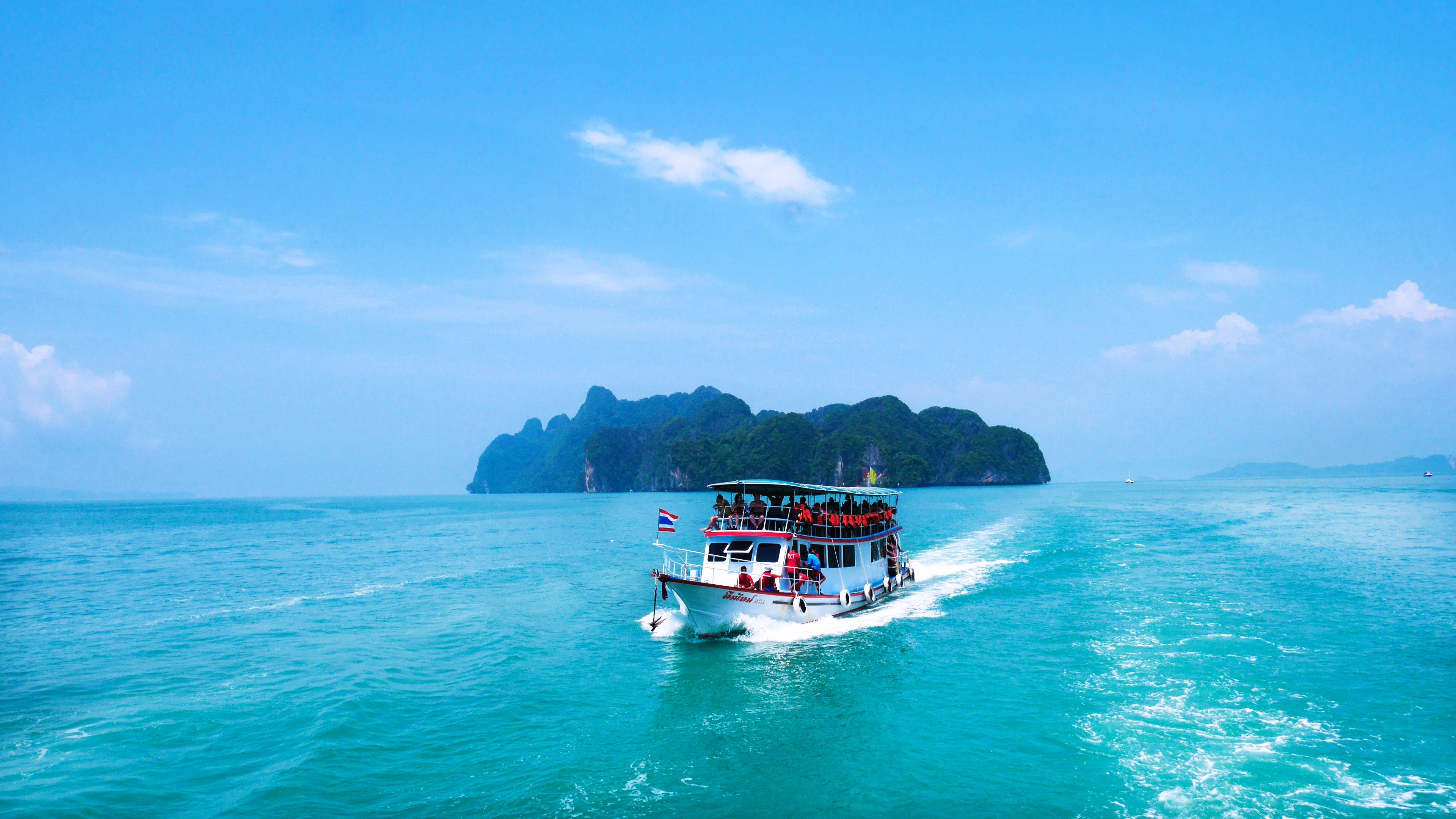 boat ride through the ocean and islands in Vietnam