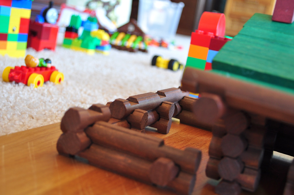Earliest Memory building - Lego and Lincoln Log - via Flickr