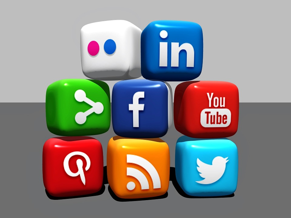social-media-488886_960_720.jpg