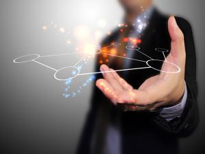 5-astuces-pour-recruter-les-meilleurs-profils-sur-les-réseaux-sociaux-300x225-1