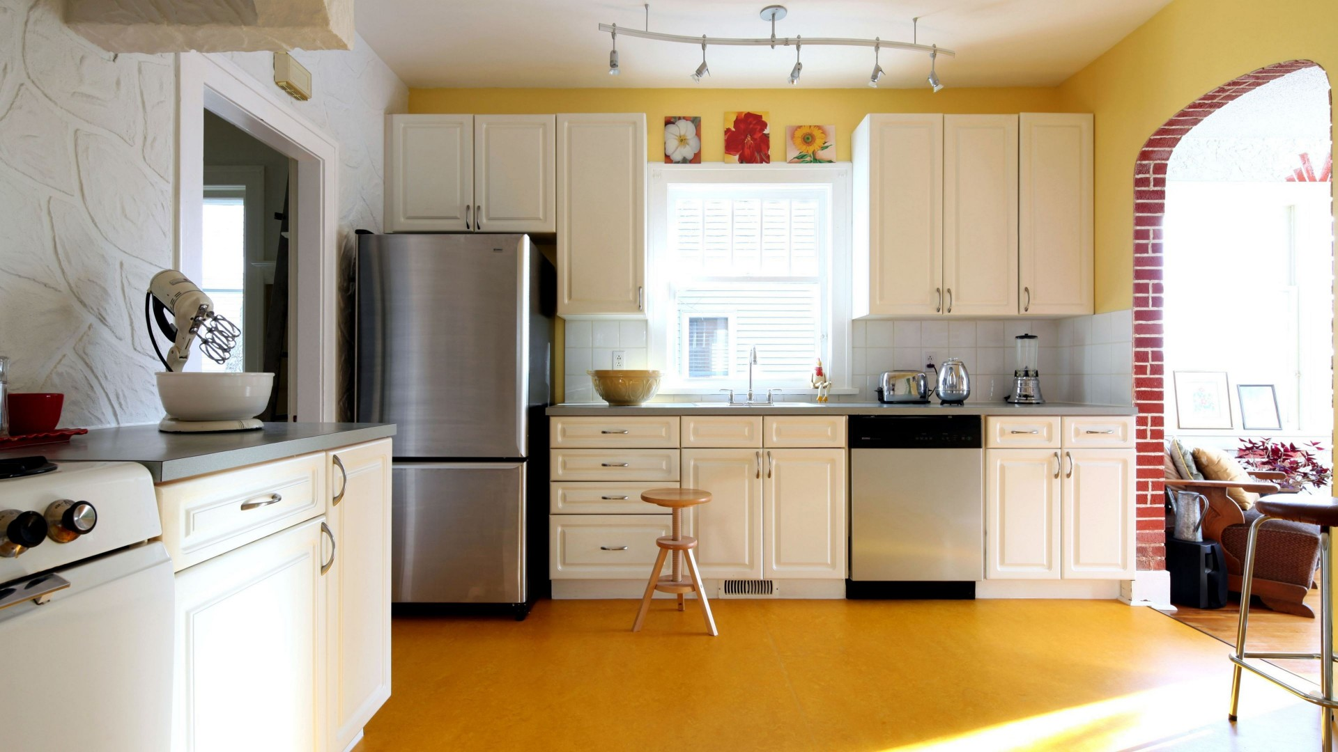 7 Simple Kitchen Ideas For A Beautiful Minimalist Home