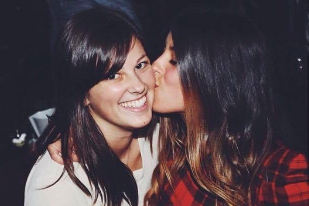 Everything You've Always Wondered About Italian Cheek Kissing