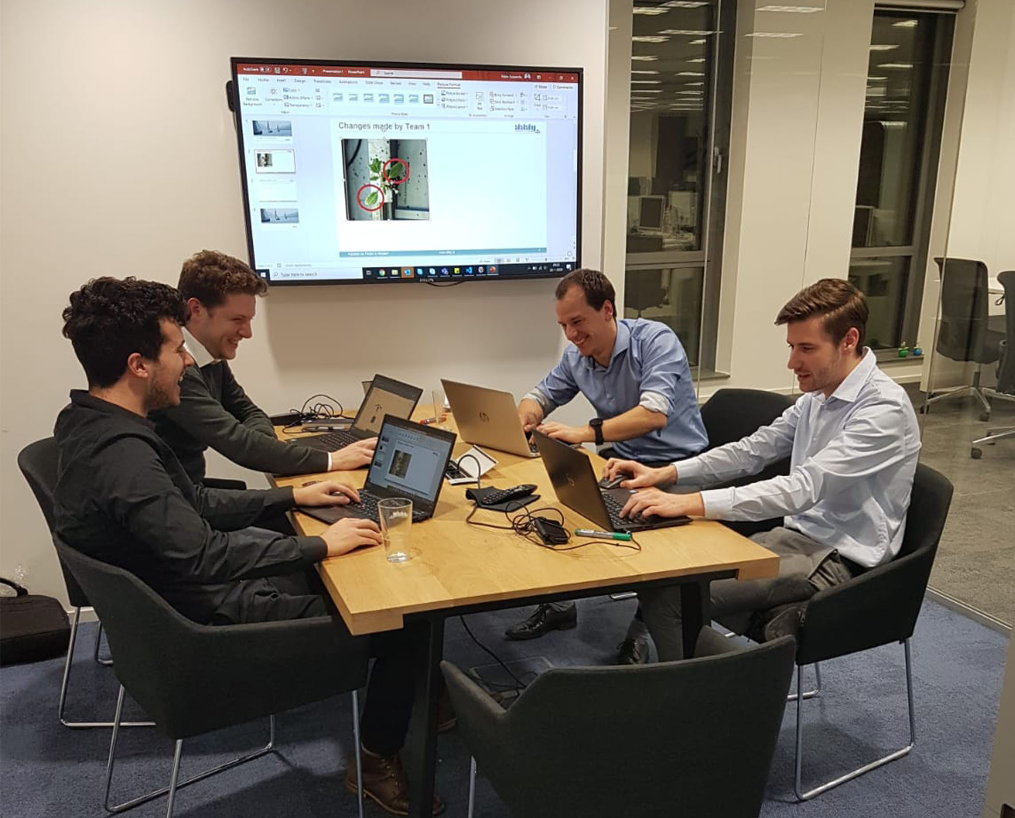 Hackathon on improving seedling classification performance through advanced feature engineering