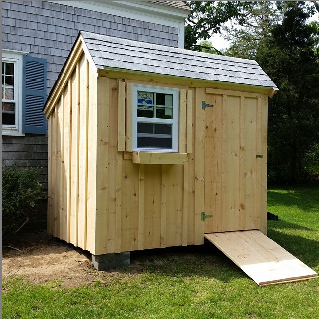 6' x 8' Saltbox with a single hung window