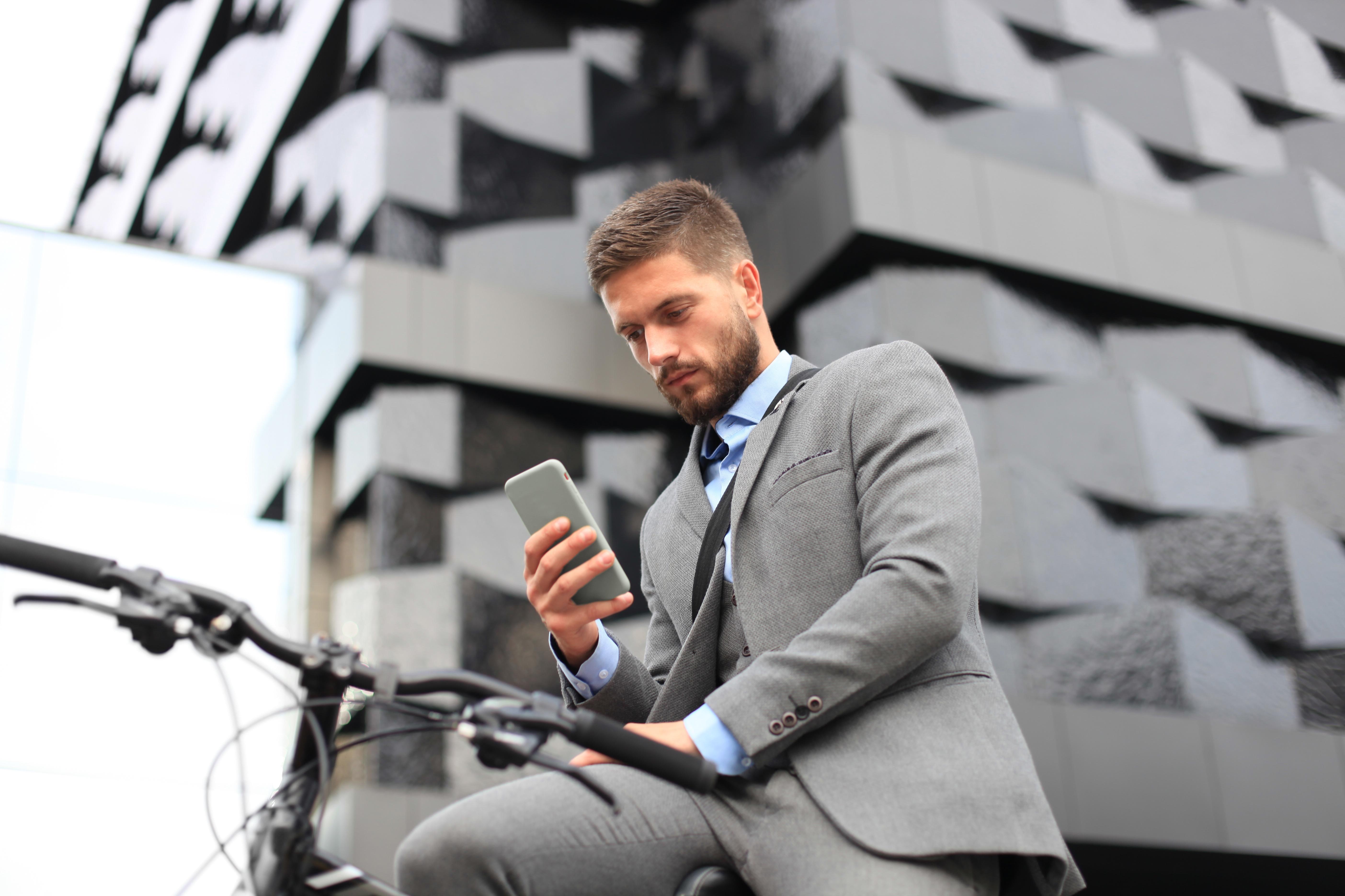 MobileAppOnBike