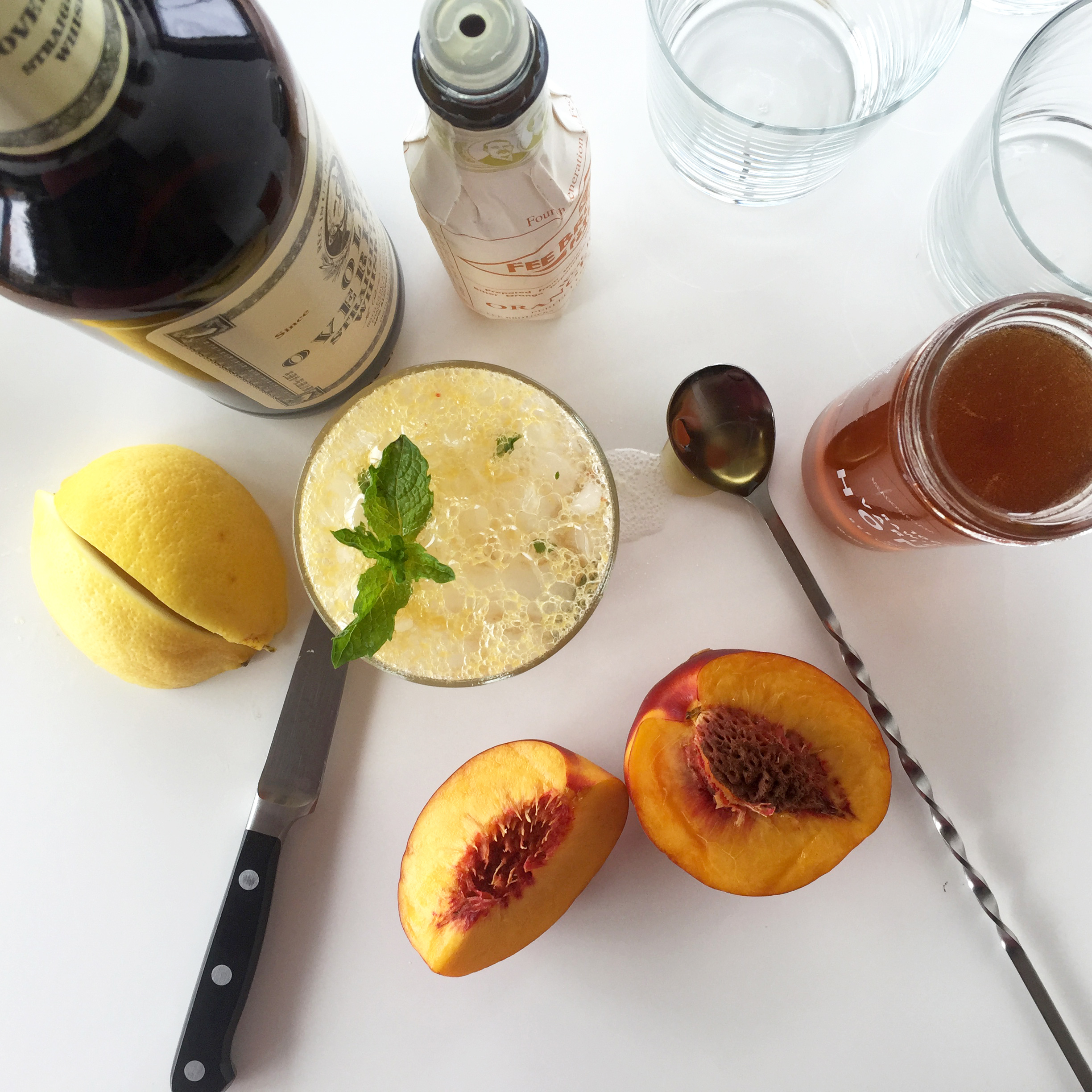Honey Peach Whisky Smash