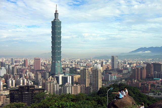 earthquake-taipei-101-640x640