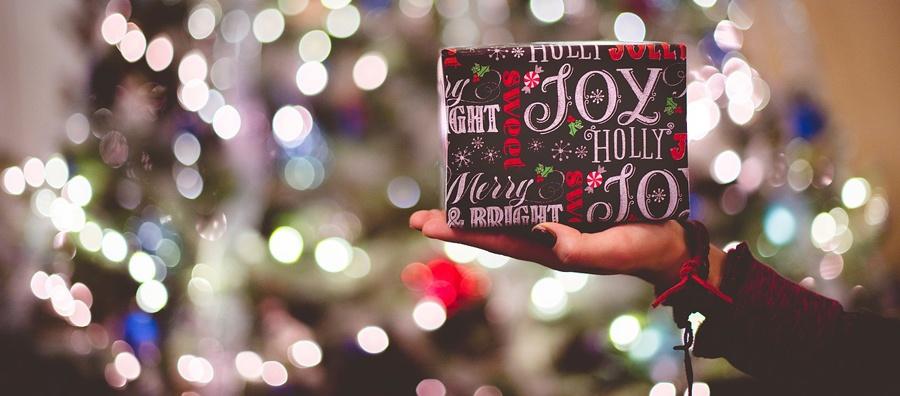 Where To Go Christmas Shopping In Naples Florida