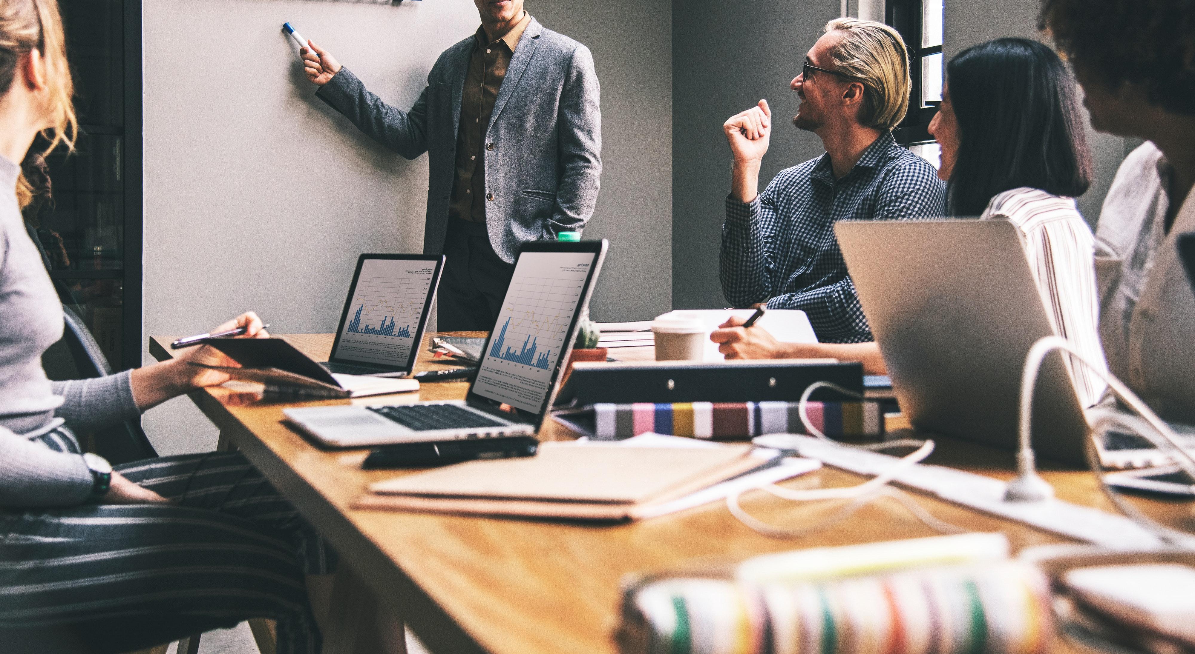 3-key-tactics-for-creating-a-multigenerational-company-culture-4