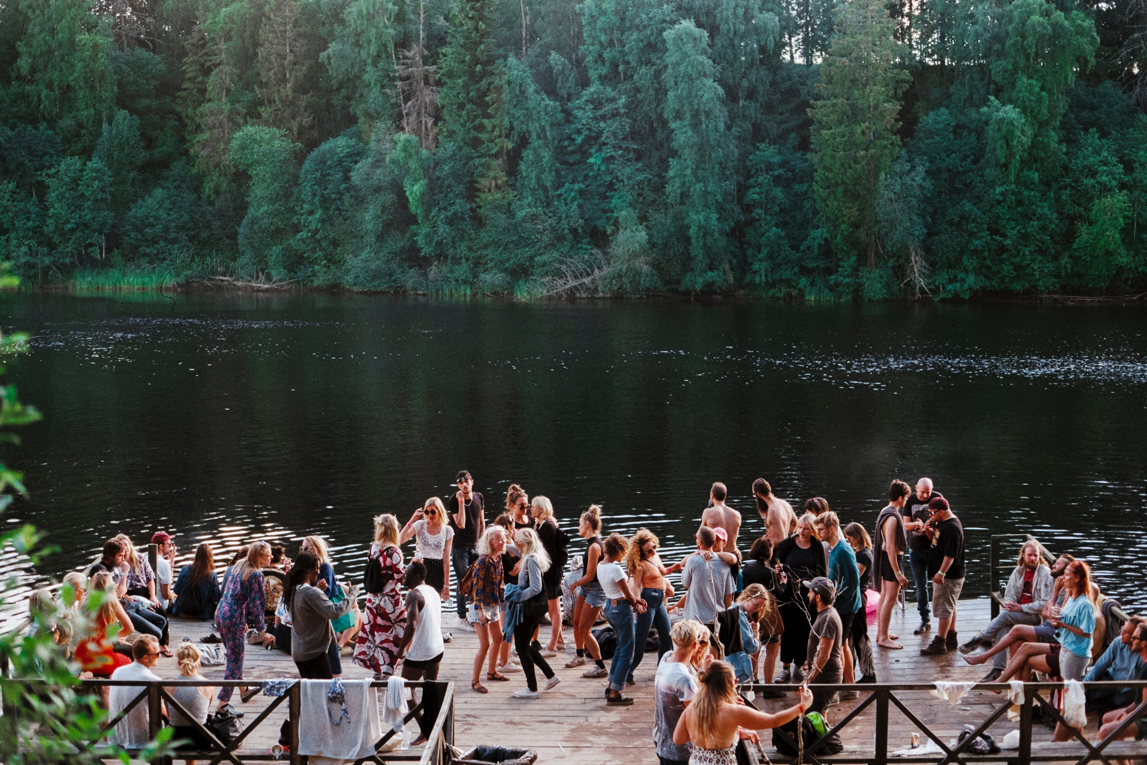 4-ways-to-enhance-your-companys-summer-social-event-1